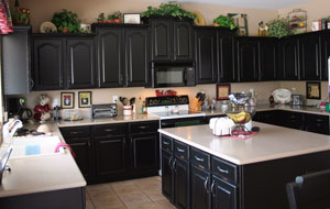 Cabinet Refinishing Services In Phoenix