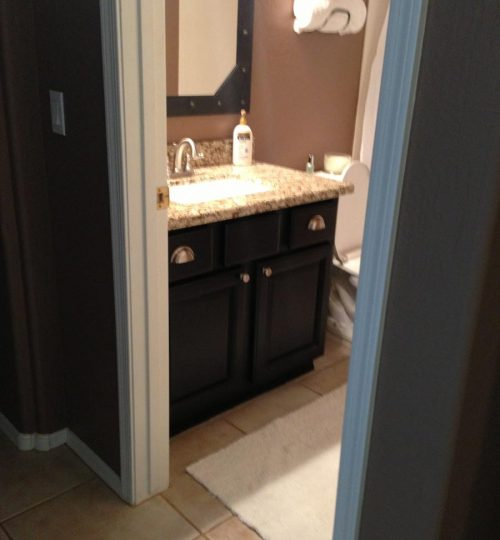 bath cabinet refinishing